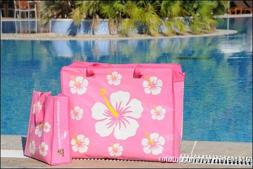 Пляжная сумка для дочки.  В этой сумке дочка сможет сама хранить и...